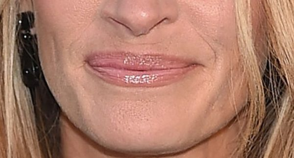 lips-with-an-undefined-cupids-bow