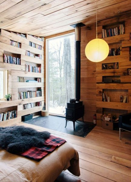 cozy-library-in-the-middle-of-nowhere-2
