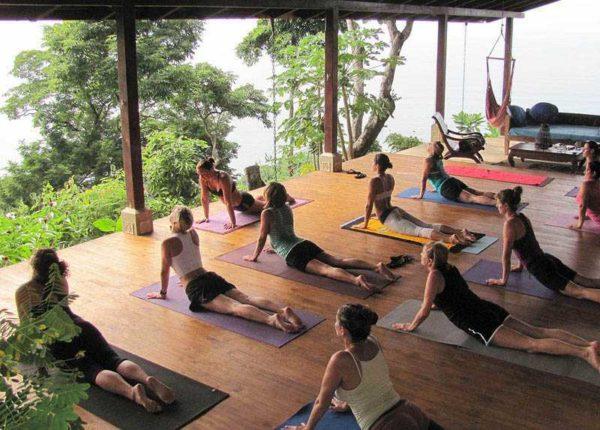 yoga-on-deck In Costa Rica