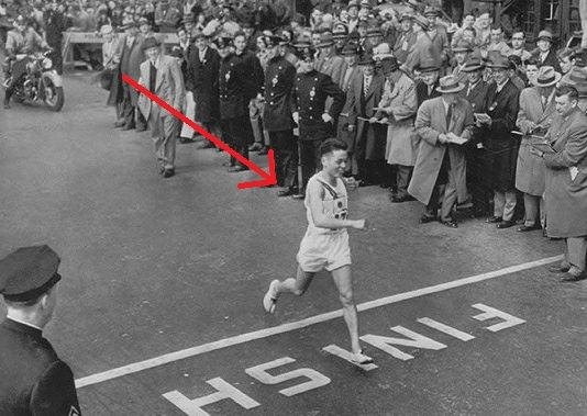 19 year-old Japanese Man Survived The Atomic Bomb In Hiroshima And Won The Boston Marathon