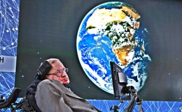Stephen Hawking Warns 'We Have To Abandon Earth Much Sooner Than You Think!'