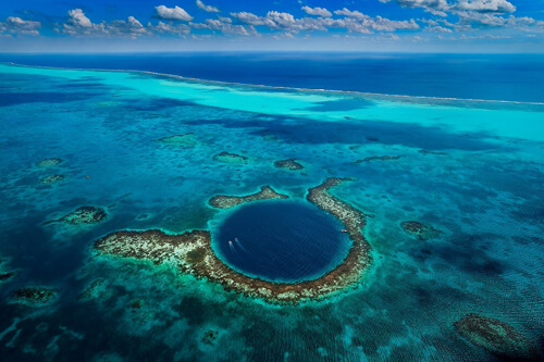Most Beautiful Places On Earth 11.-Great-Blue-Hole-GC¦зo¦В-Belize-City-Belize