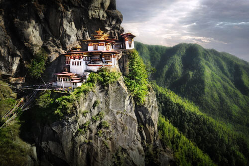 Most Beautiful Places On Earth 14.-Taktsang-Palphug-Monastery-Tigers-Nest-GC¦зo¦В-Paro-District-Bhutan