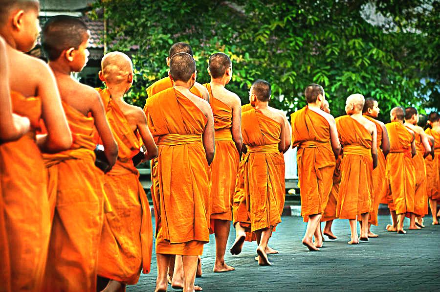 Advantages Of A Walking Meditation
