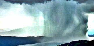 video-of-a-falling-tsunami